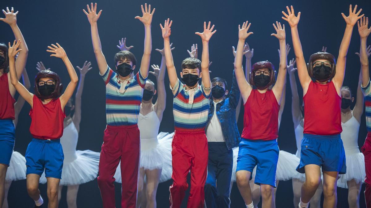 BARCELONA. 08.06.2021Presentación de los intérpretes más jóvenes del musical 'Billy Elliot' en el Teatre Victòria.