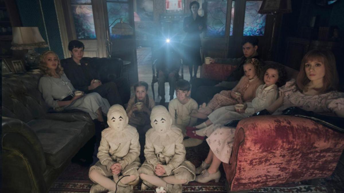 Tráiler de 'El hogar de Miss Peregrine para niños peculiares'. (2016)