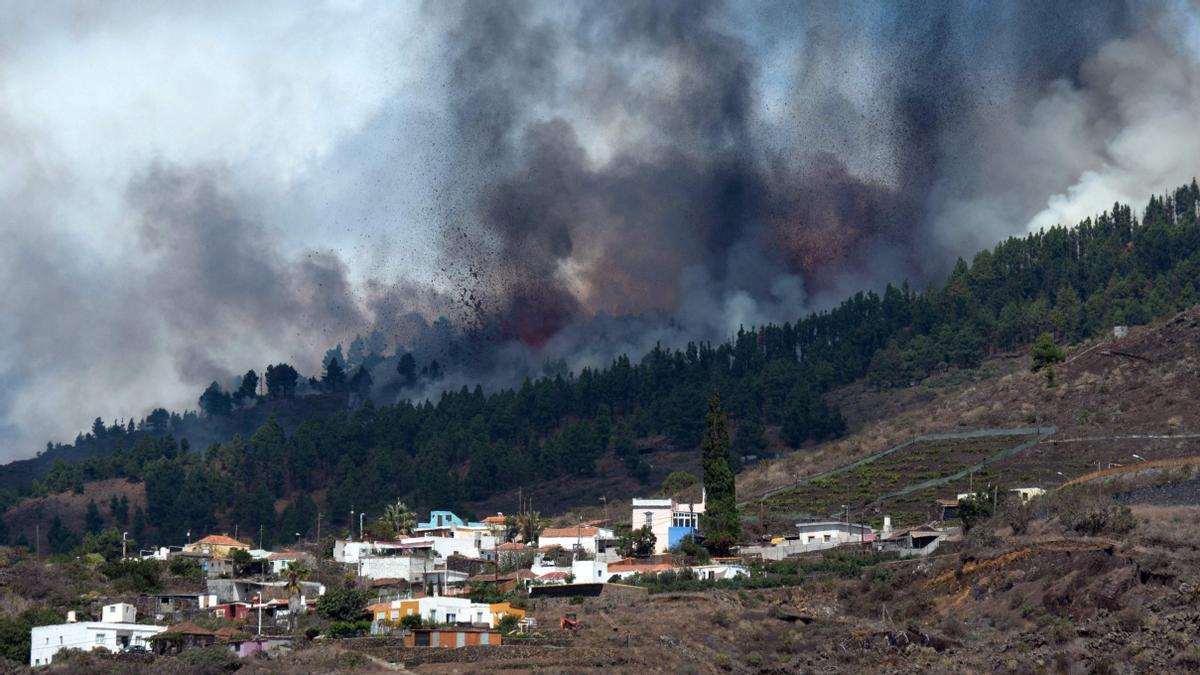 La zona de Cabeza de Vaca en plena erupción del volcán.