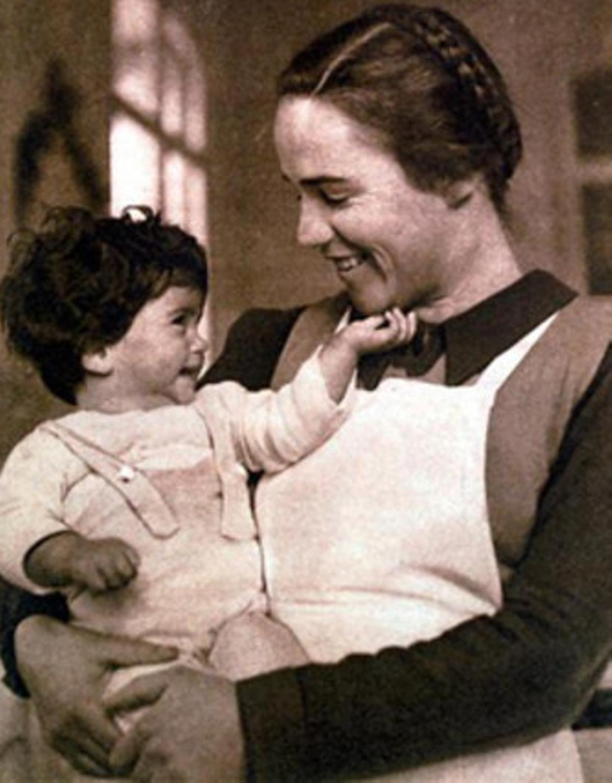 Imagen captada en la Maternidad de Elna y difundida en la exposición 'La Maternitat d'Elna, bressol de l'exili'.