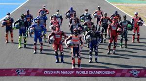 Marc Márquez (Honda), el campeón de MotoGP, lidera la foto del 2020, realizada hoy en Jerez.