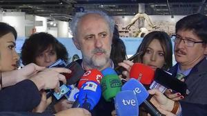 Luis Calvo, teniente de alcalde de Madrid, explica cómo Ifema se ha disculpado en un comunicado tras la retirada de la obra 'Presos políticos'.
