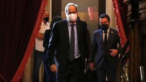 El president Torra entrando en el hemiciclo del Parlament.