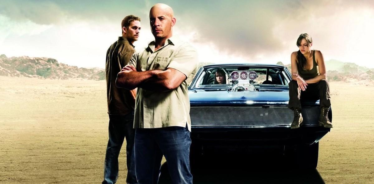 Paul Walker, Vin Diesel, Jordana Brewster y Michelle Rodríguez, en una imagen promocional de 'Fast & Furious 5'.