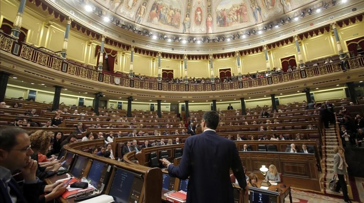 Pedro Sánchez durante el debate de su investidura fallida en el Congreso de los Diputados.