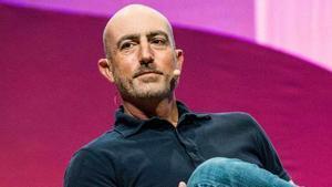 Mark Bezos, el germà (gairebé clon) que serveix per a tot