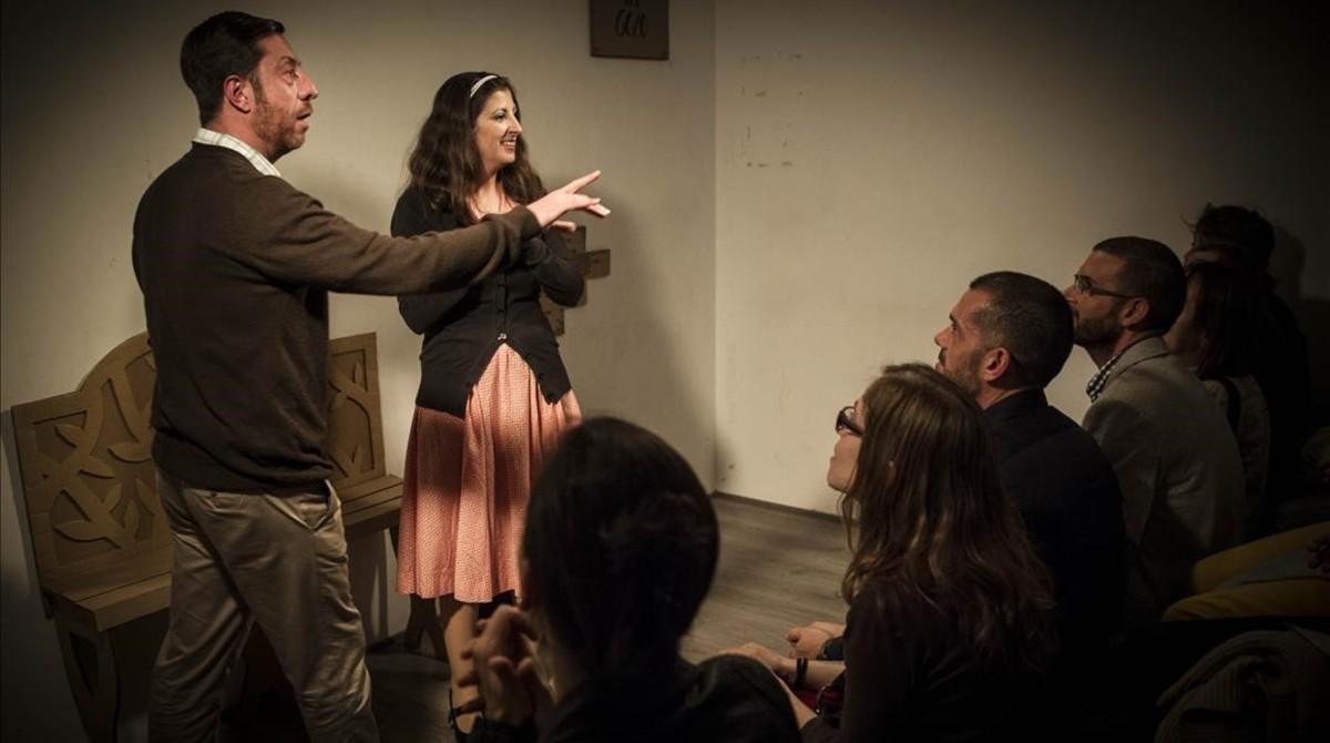 Rafaela Rivas y Antonio del Valle, en 'La asesina', una de las piezas representadas en el Microteatre este mes de mayo.