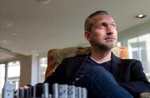 El escritor francés Olivier Norek,que presenta en BCNegra su novela 'Efecto dominó'.