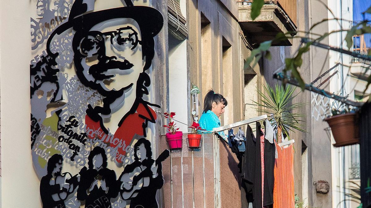 Muro de la fama de la rumba catalana, de Luis Zafrilla, en la calle de la Cera.