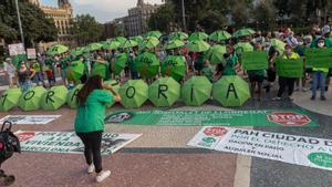 Barcelona 20/07/2021 Barcelona Manifestación de la PAH para pedir una ampliación de la moratoria de desahucios. AUTOR: JORDI OTIX