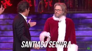 Manel Fuente y Santiago Segura en el especial Navidad de 'Tu cara me suena 8'.