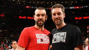 Los hermanos Gasol, en su etapa conjunta en la NBA.