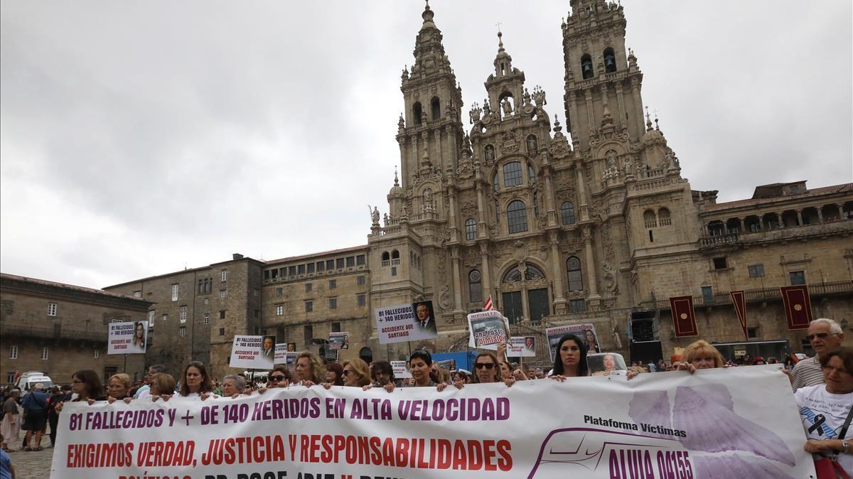 Manifestación en Santiago de Compostela en julio de 2018, cuando se cumplían cinco años del accidente.