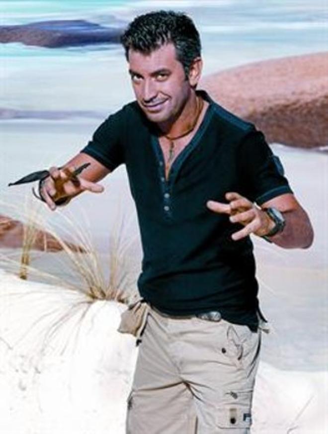"""Arturo Valls: """"Al rascar la misèria humana fem riure"""""""