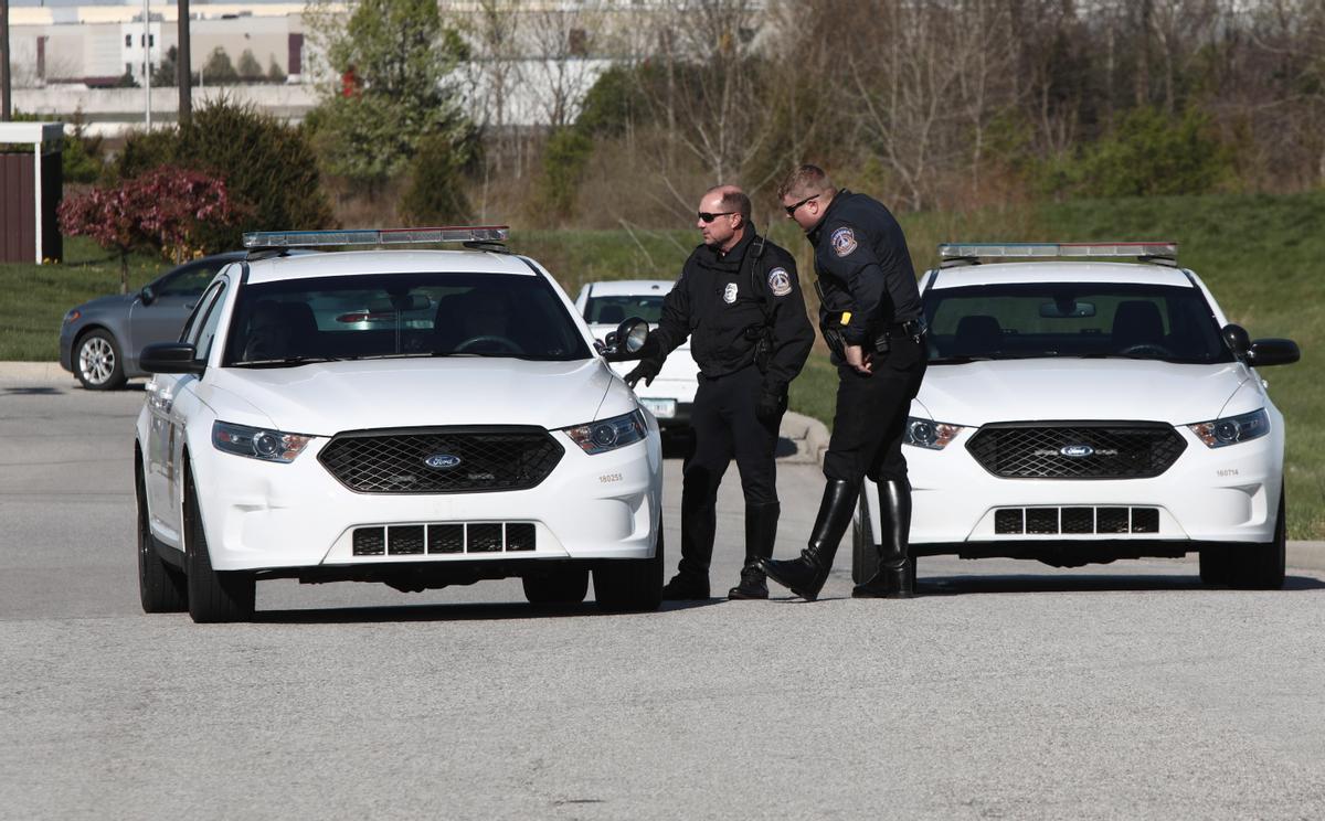 Dos agentes de policía estadounidenses.