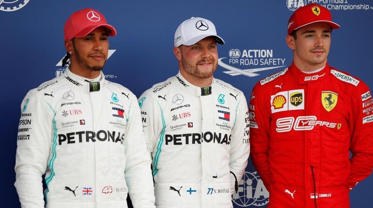 Valtteri Bottas, Lewis Hamilton y Charles Leclerc arrancarán delante mañana en el GP de Inglaterra.