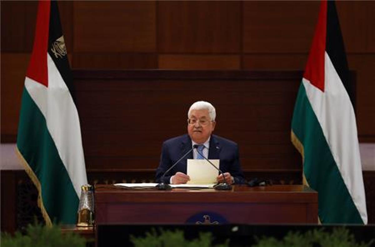 Mahmud Abbas, presidente de la Autoridad Palestina,anuncia el retraso de las elecciones.