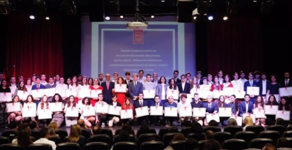 Un estudiante premiado en Madrid abochorna al sistema educativo