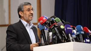 El expresidente iraní Ahmadineyad presenta su candidatura para las elecciones de junio