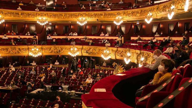 Descuentos en hoteles de Barcelona por asistir al teatro: ¿cómo conseguirlos?