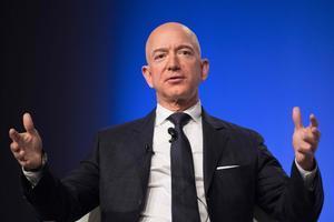 Jeff Bezos recorda la frase d'un client: «Tant de bo venguéssiu escombretes»