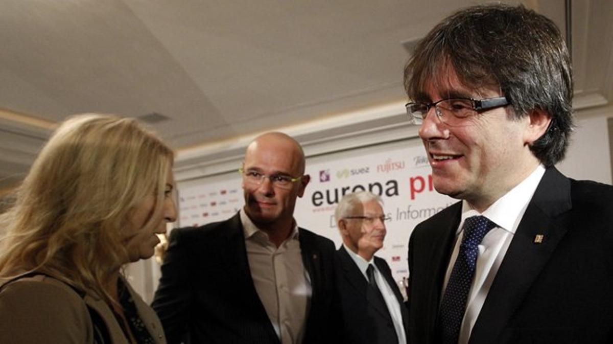 Si Rajoy es presidente, le llamará para felicitarle y pedirle una reunióN