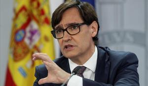 El ministro de Sanidad, Salvador Illa, durante una rueda de prensa en Madrid en diciembre.