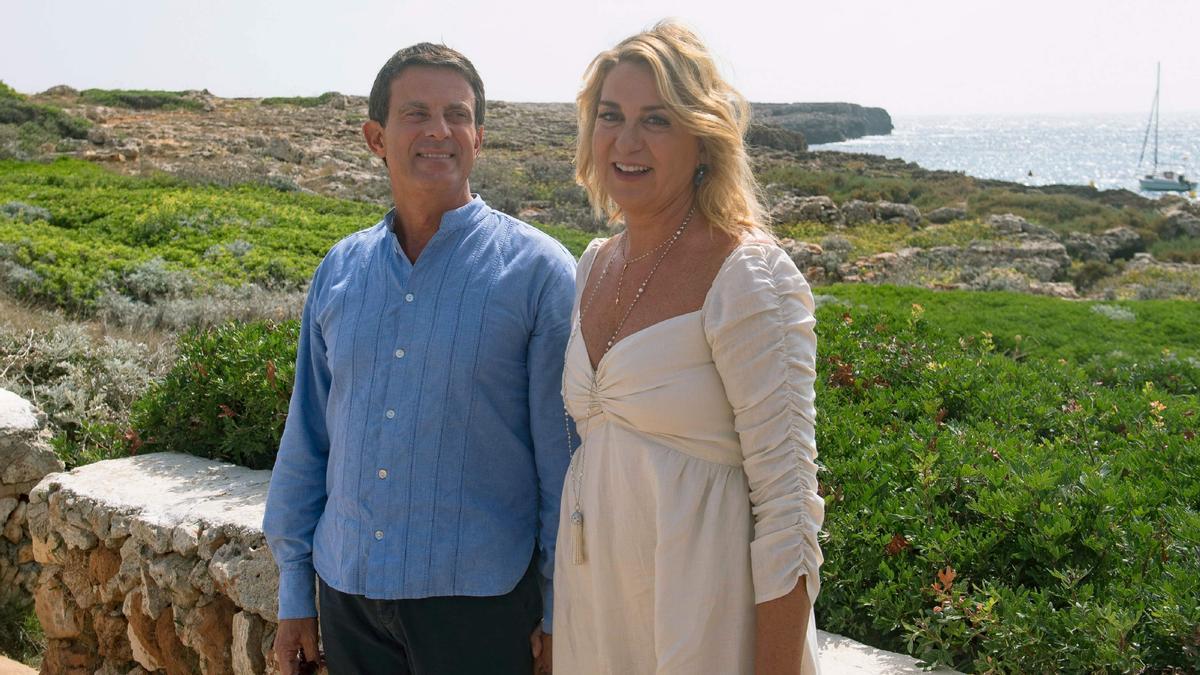 Susana Gallardo y Manuel Valls, en Menorca, tras su boda en septiembre del 2019.
