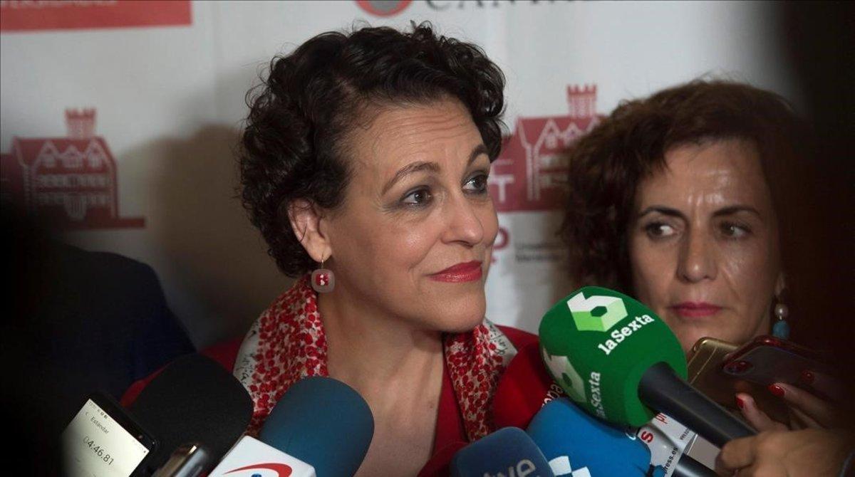La ministra de Trabajo, Magdalena Valerio, en la Universidad Internacional Menéndez Pelayo en Santander.