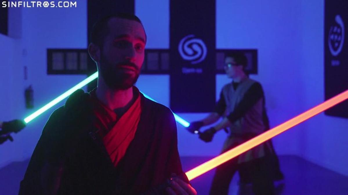Escuelas jedi para aprender a manejar los sable laser de Star Wars.