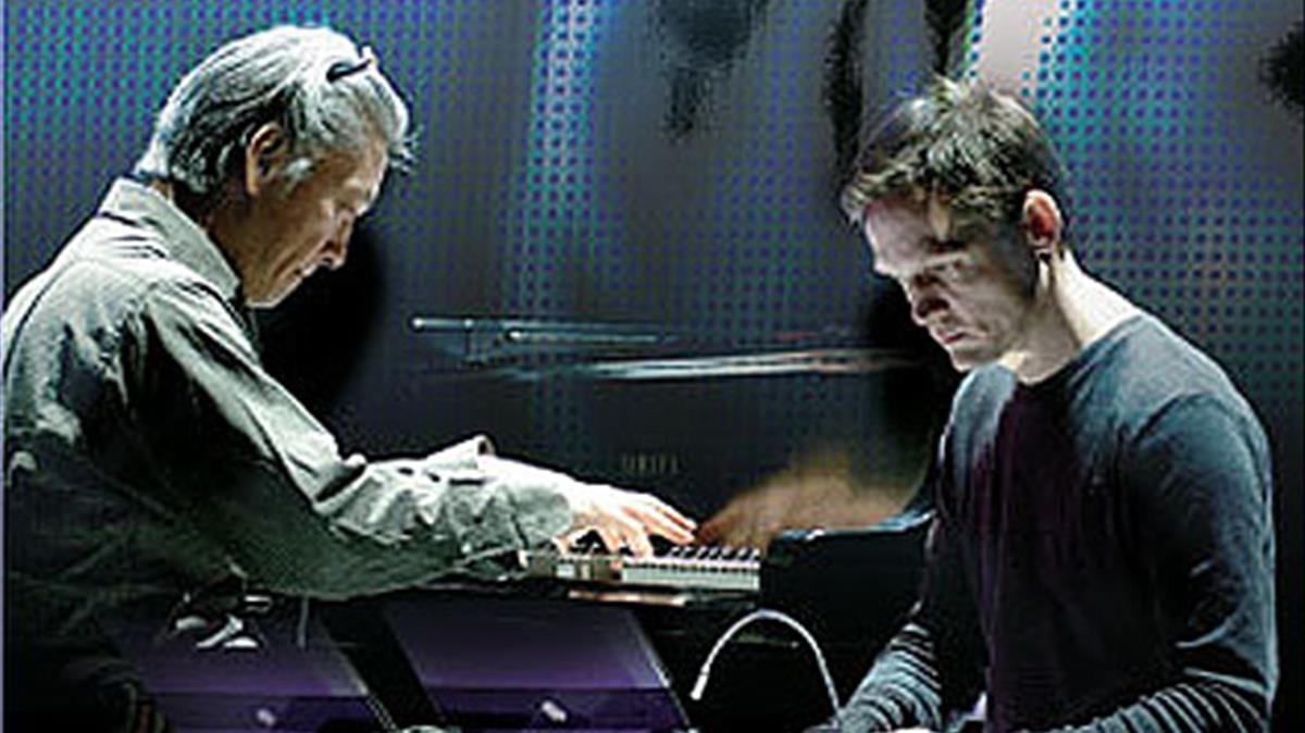 Alva Noto y Ryuichi Sakamoto.