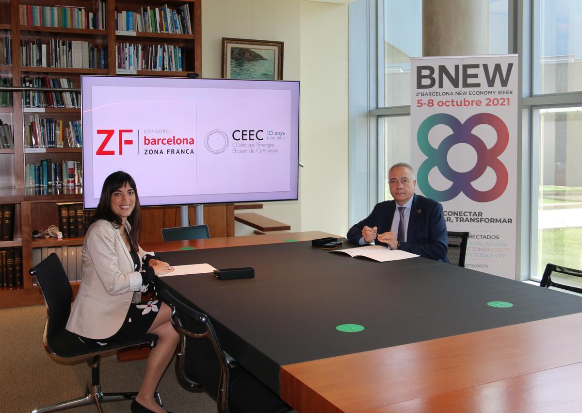 Firma del convenio con CEEC.