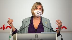 La 'consellera' de Salut, Alba Vergés, valora la reunión de los responsables autonómicos de sanidad.