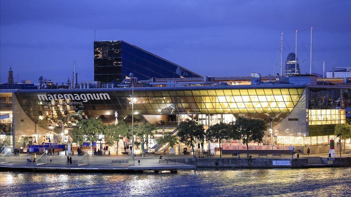 Vista de El Maremàgnum de Barcelona desde el World Trade Center de la capital catalana.