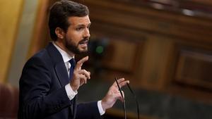 Pablo Casado, el jueves, en el Congreso durante su discurso en la moción de censura que presentó Vox.