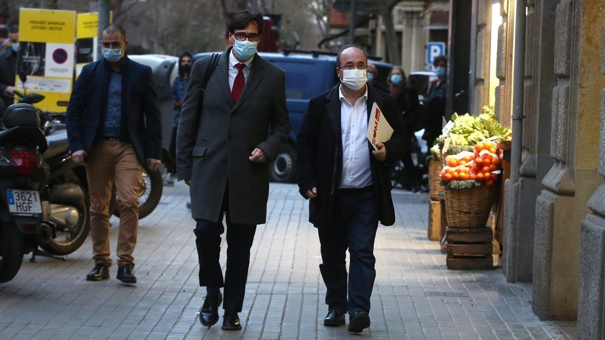 Salvador Illa y Miquel Iceta llegan a la sede del PSC, para asistir al Consejo Ejecutivo.