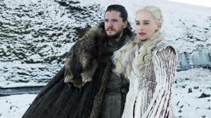 Jon Snow y Daenerys Targaryen, dos de los personajes protagonistas de 'Juego de tronos'.