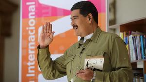El presidente de Venezuela en el programa de radio y televisión  Los domingos con Maduro.