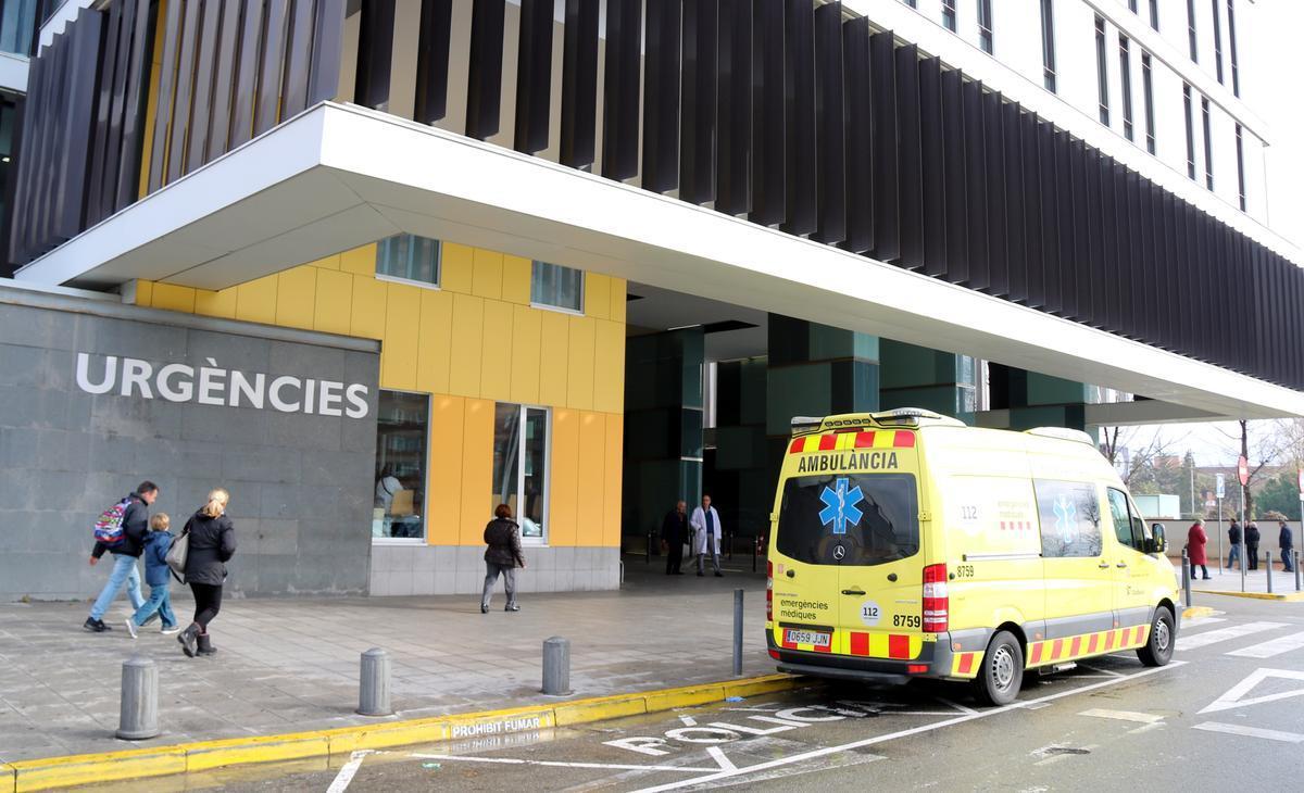 Imagen de archivo del acceso a urgencias del Hospital Parc Taulí de Sabadell