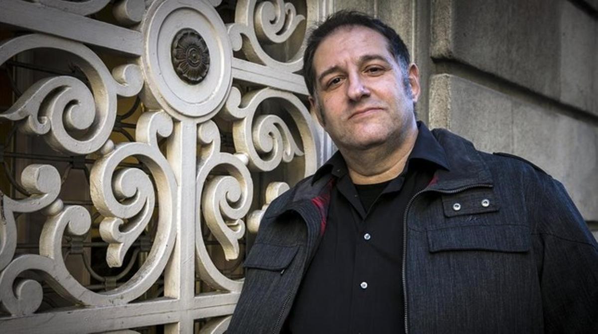 El dibujante y humorista gráfico Manel Fontdevila, que publica nuevas aventuras de la serie 'La parejita'.