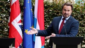 El primer ministro de Luxemburgo se mofa de Johnson por su negativa a comparecer ante la prensa.