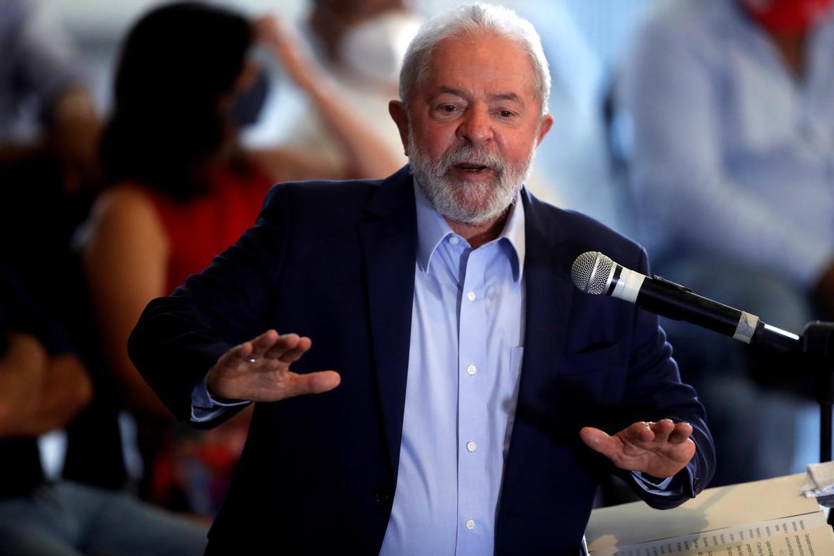 El expresidente brasileño Lula da Silva, durante la rueda de prensa que ha ofrecido este miércoles.