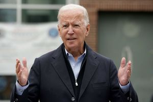 Joe Biden perdería solo