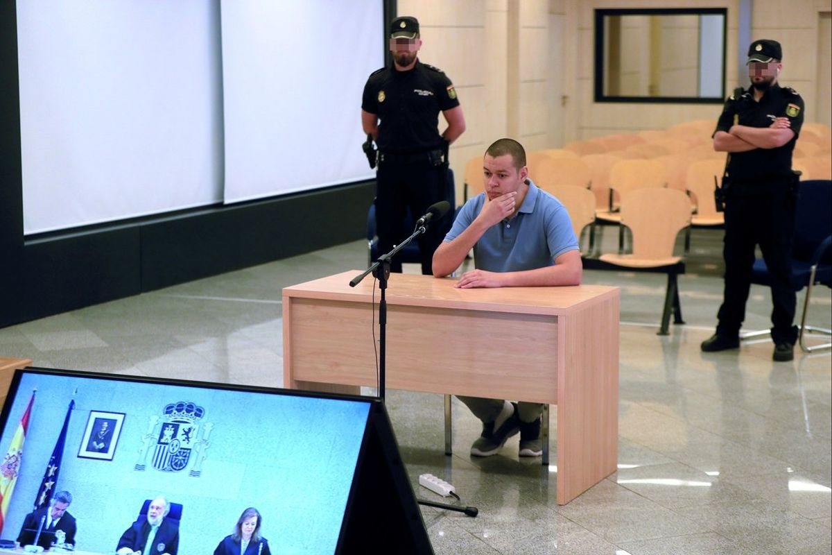 El acusado de integrar el Daesh, Karim el Idrissi Soussi, durante el juicio de este lunes en la Audiencia Nacional.
