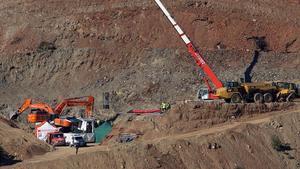 La Brigada de Salvamento Minero desplazada desde Asturias ha comenzado sus trabajos para entrar en el tunel para rescatar a Julenel nino de 2 anos que cayo a un pozo estrecho y profundo el pasado 13 de enero en TotalanMalaga