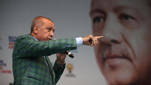 El presidente turco, Recep Tayyip Erdogan, durante un mitin en Estambul.