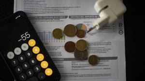 Un cambio normativo de julio permite a la luz escalar a un récord de 188 euros