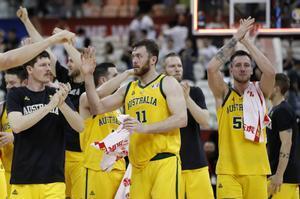 La selecciónaustraliana celebra la victoria ante los checos.
