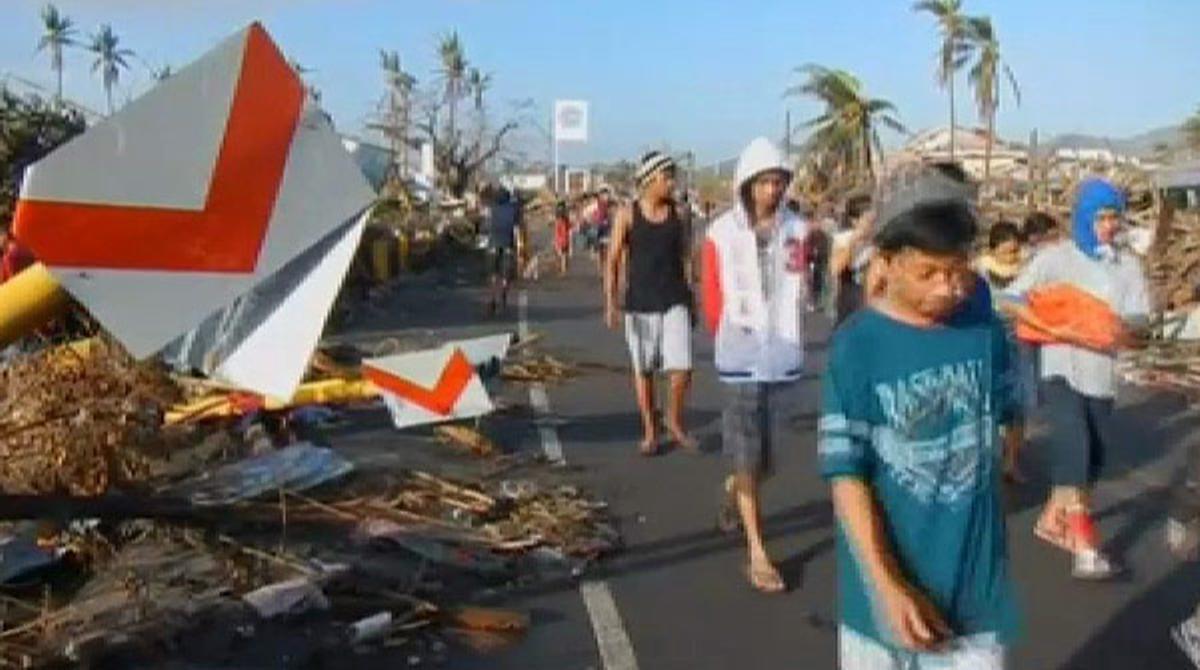 Devastación total en Tacloban (Filipinas) tras el paso del tifón 'Haiyan'