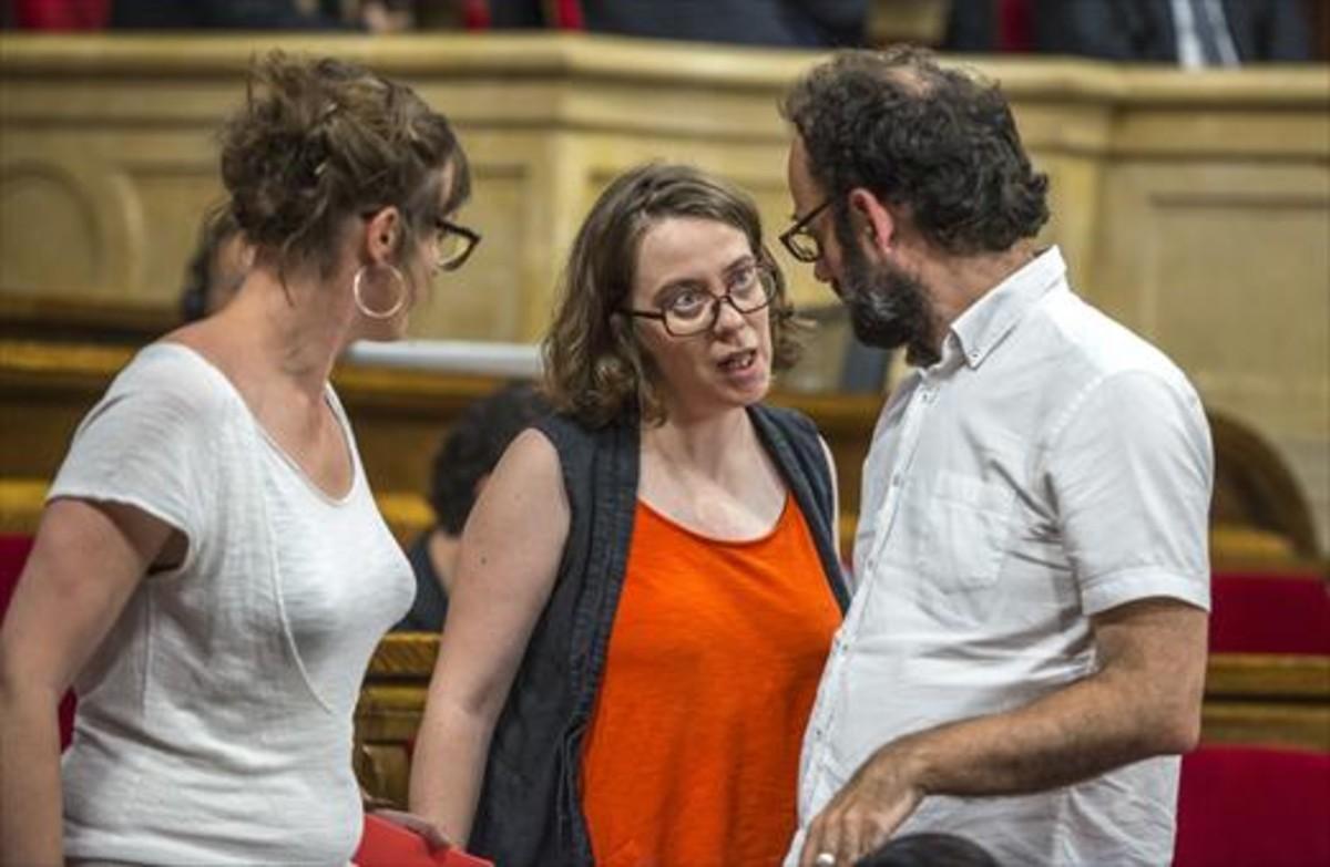 Eulàlia Reguant y Benet Salellas, el lunes 6 de junio, en el Parlament.
